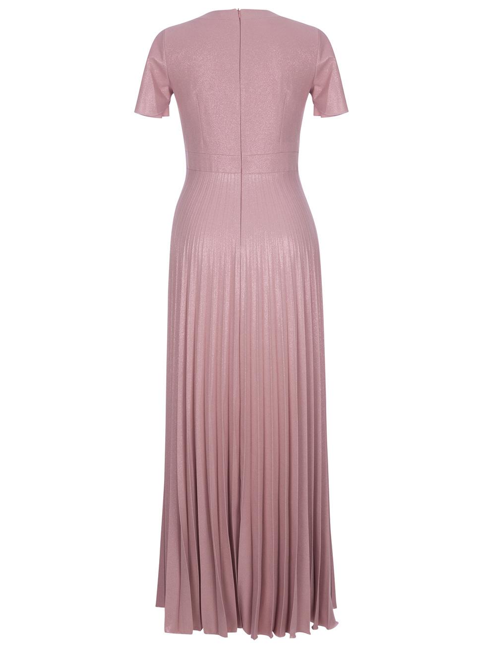 Długa suknia plisowana z dekoltem